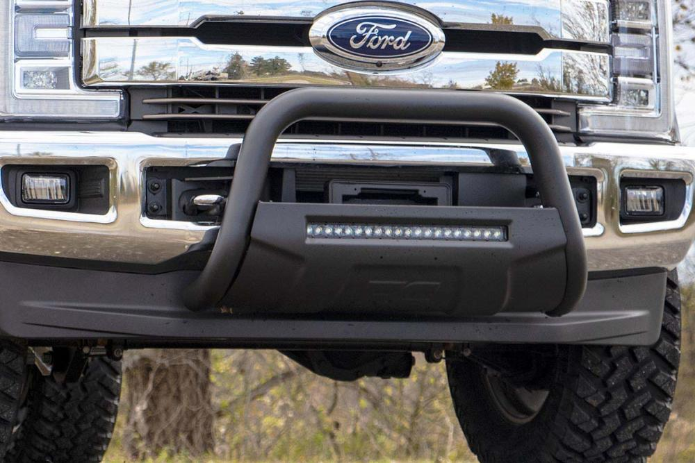 Ford 17-19 F-250 Bull Bar w/LED Light Bar (Black