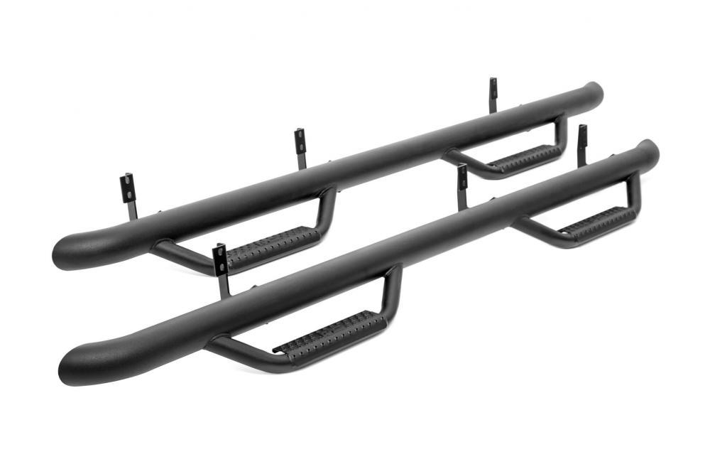 Toyota 3-Inch Diameter Cab Length Nerf Steps (14