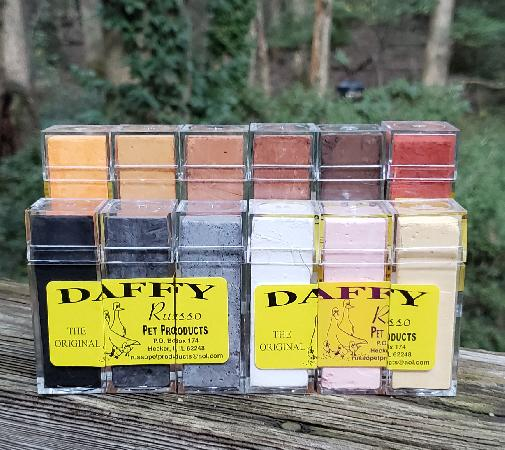 Daffy Chalk Sticks